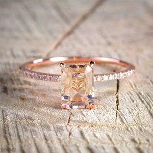 Jewelry - 🔥🔥Morganite ring 🔥🔥